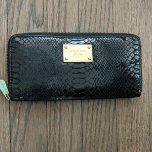 Michael Kors Black Snake Skin & Gold Zipper Wallet